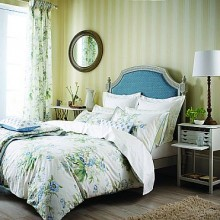 Sanderson Tournier Bedding Collection