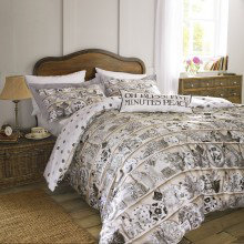 Dresser Bedding
