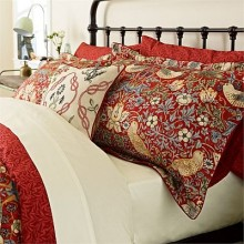 Morris Strawberry Thief Crimson Bedding Collection