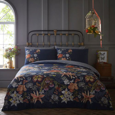 Oasis Botanical Bedding Collection
