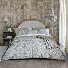 Morris Wandle Bedding Collection