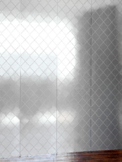 Image of Erica Wakerly Wallpapers Argyle Silver white, ARG S/W