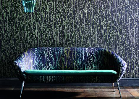 Clarissa Hulse Grasses Metallic Gold / Deep Purple Wallpaper
