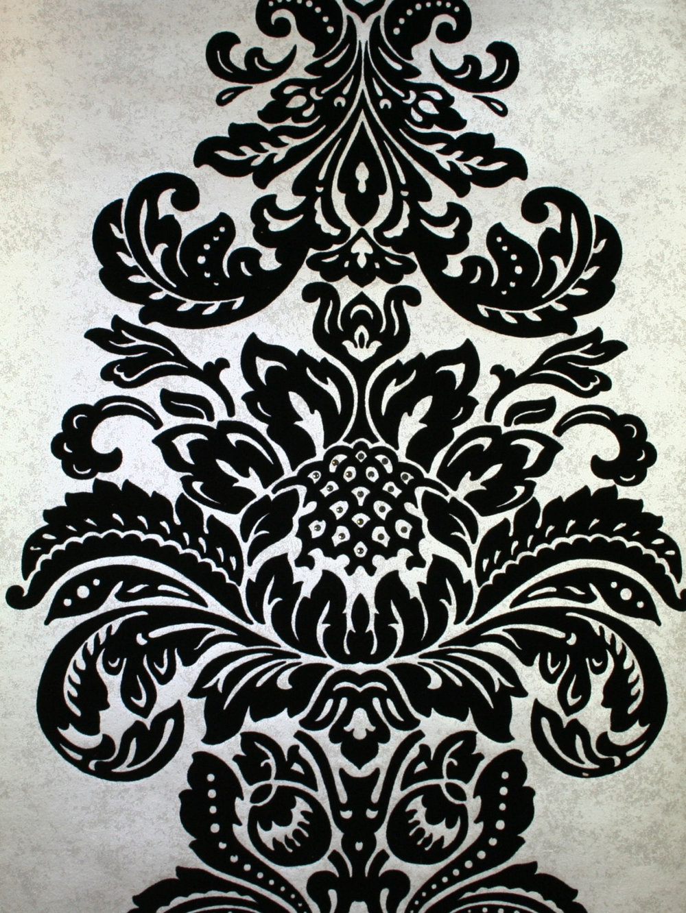 Kandola Damask Flocked Wallpaper crystallised Metallic Silver / Black - Product code: W1505/02/215