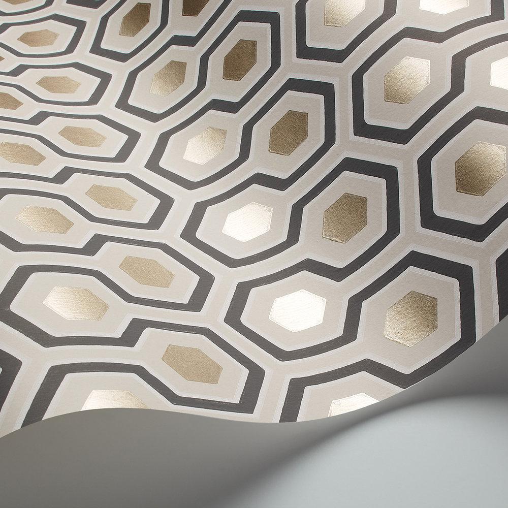 Hicks' Hexagon Wallpaper - Gold & Cream - by Cole & Son