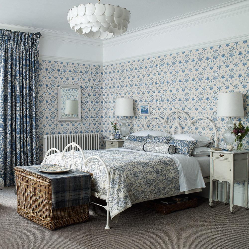 Morris Daisy Blue Wallpaper - Product code: 212561