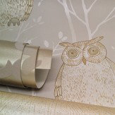 Blendworth Tawny Owl - Gold Metallic Gold / Beige Wallpaper