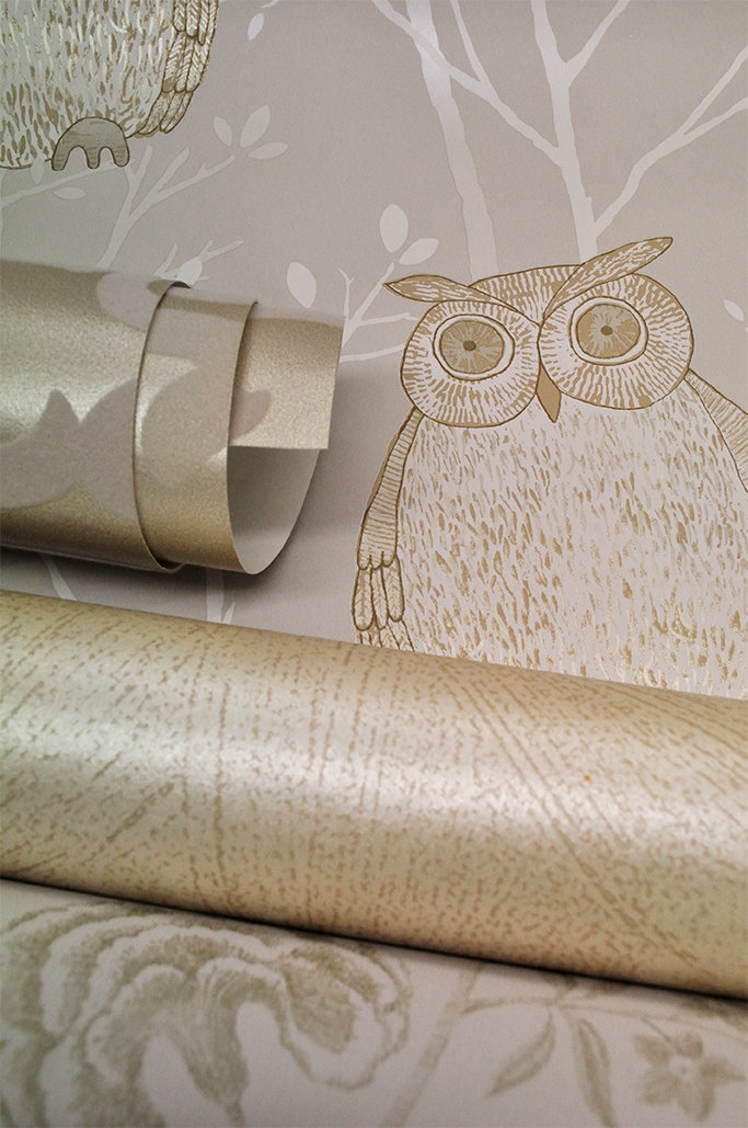 Blendworth Tawny Owl - Gold Metallic Gold / Beige Wallpaper main image