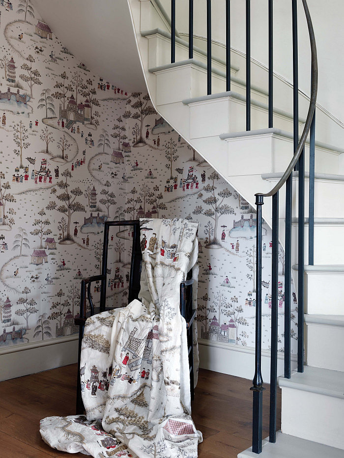 Nina Campbell Cathay Parade Chocolate, Gold and Red Brown / Gold / Red Wallpaper - Product code: NCW4180-02