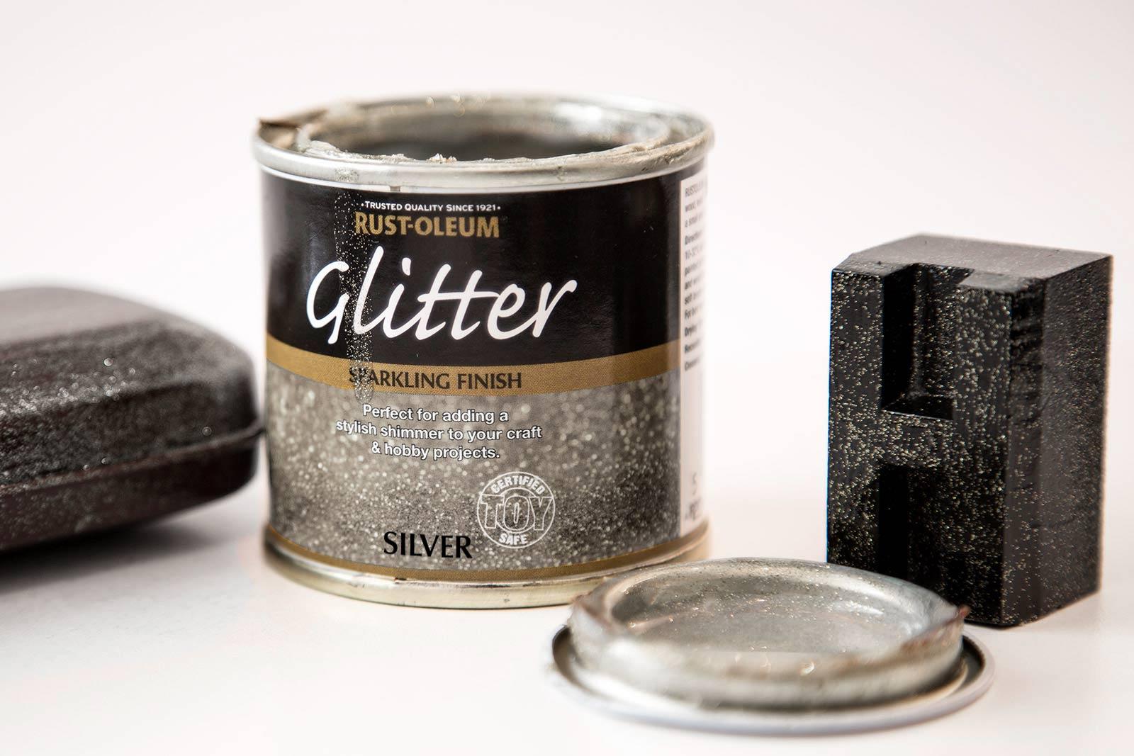glitter paint silver 125ml by designer paint. Black Bedroom Furniture Sets. Home Design Ideas