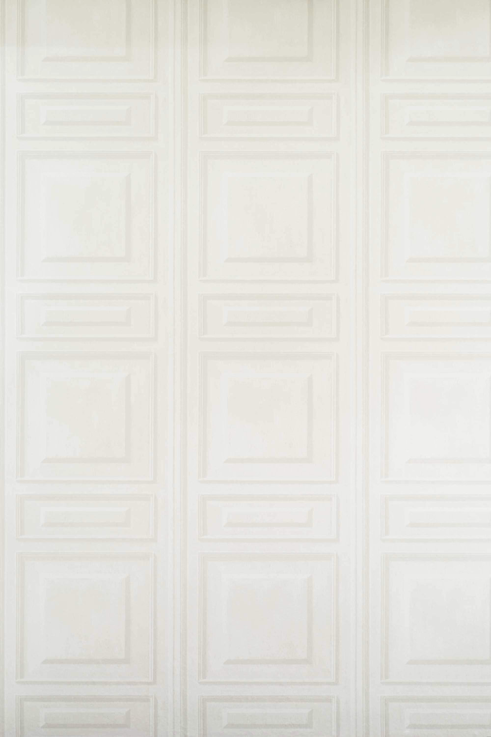 Andrew Martin Trianon White Wallpaper - Product code: TR04 - White