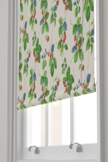 Sanderson Summer Strawberries Strawberry / Leaf Blind - Product code: 224343