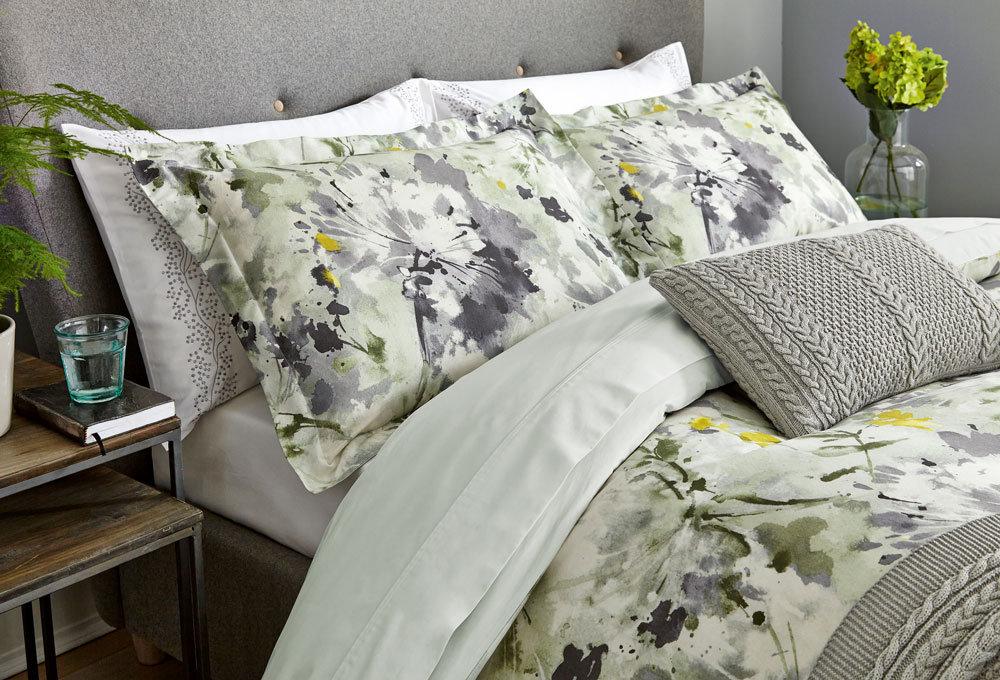 Simi Housewife Pillowcase By Sanderson White Wallpaper