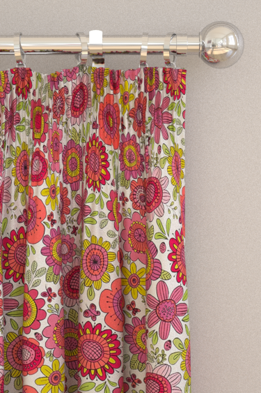 Scion Bloomin Lovely Raspberry / Chalk Curtains - Product code: 120448