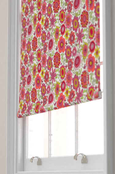 Scion Bloomin Lovely Raspberry / Chalk Blind - Product code: 120448