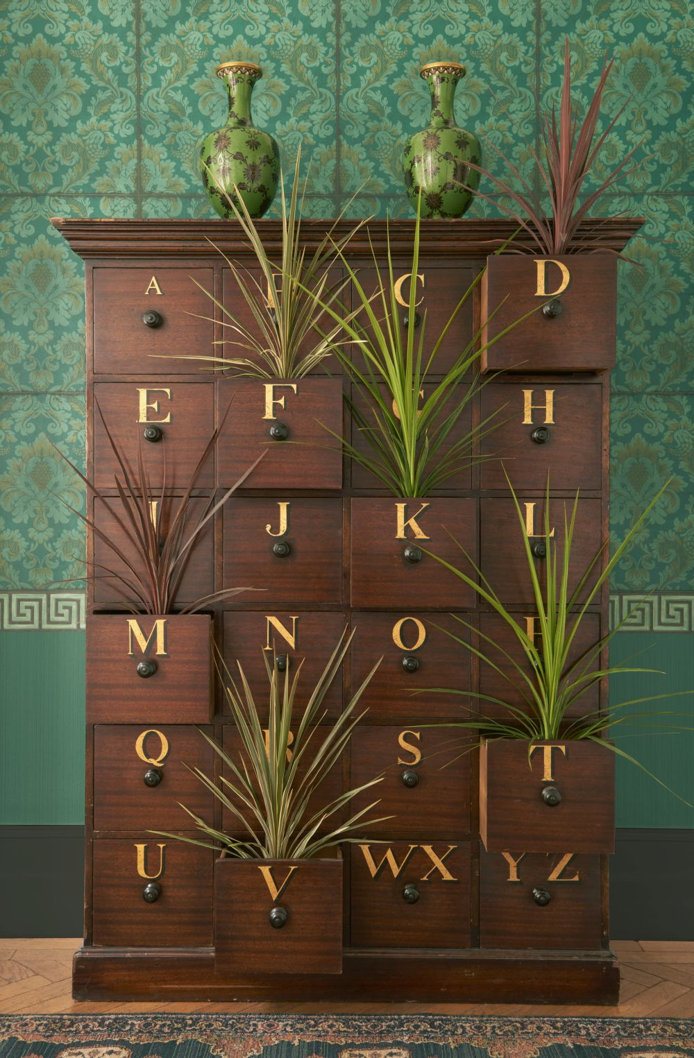 Stravinsky Wallpaper - Green - by Cole & Son