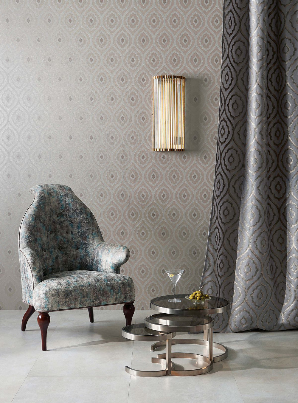 Nina Campbell Vignola Silver Wallpaper - Product code: NCW4271/01