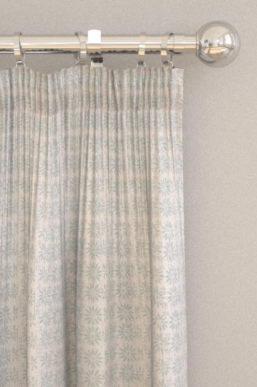 Belynda Sharples Linen Union Daisy 04 Blue Curtains - Product code: BS-LU-DAI-04