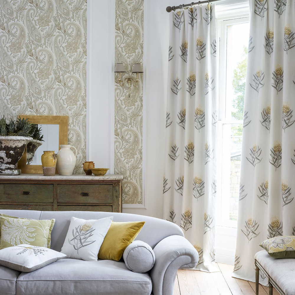 Cashmere Paisley Wallpaper - Mineral / Taupe - by Sanderson