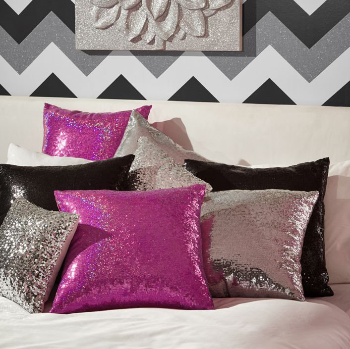 Glitz Cushion - Platinum - by Arthouse