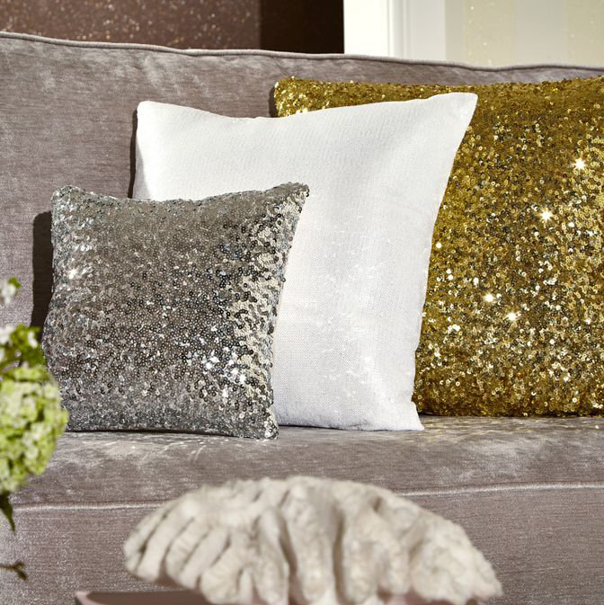 Arthouse Glitz Cushion Ice White - Product code: 008335
