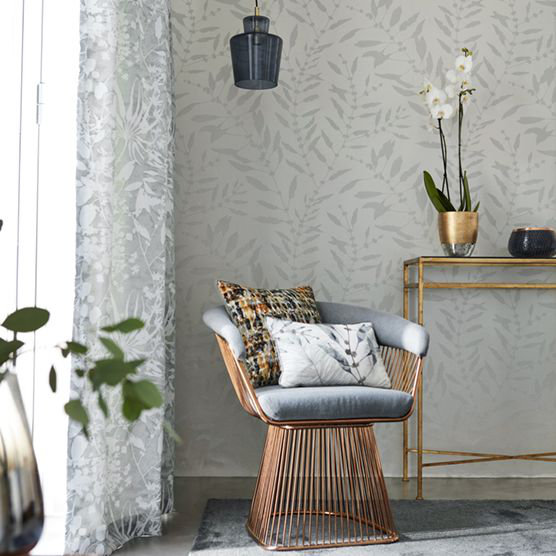 Chaconia Shimmer Wallpaper - Pearl - by Harlequin