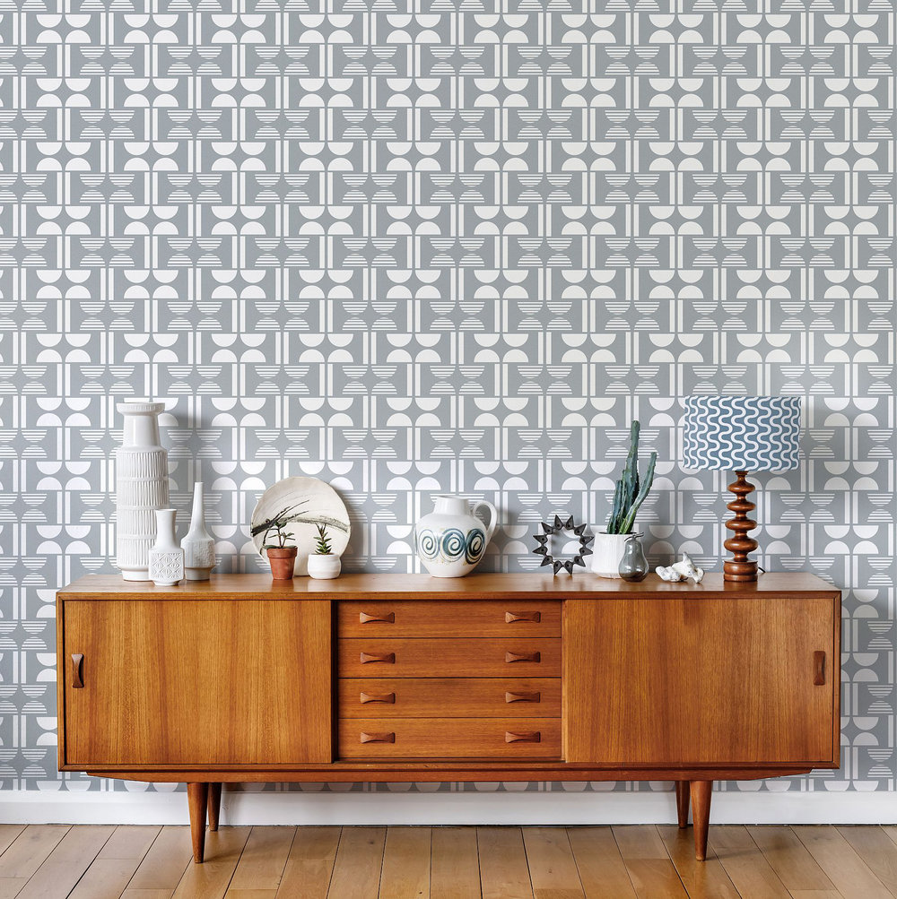 Layla Faye Napier Silvery Moon Grey Wallpaper - Product code: LF1051