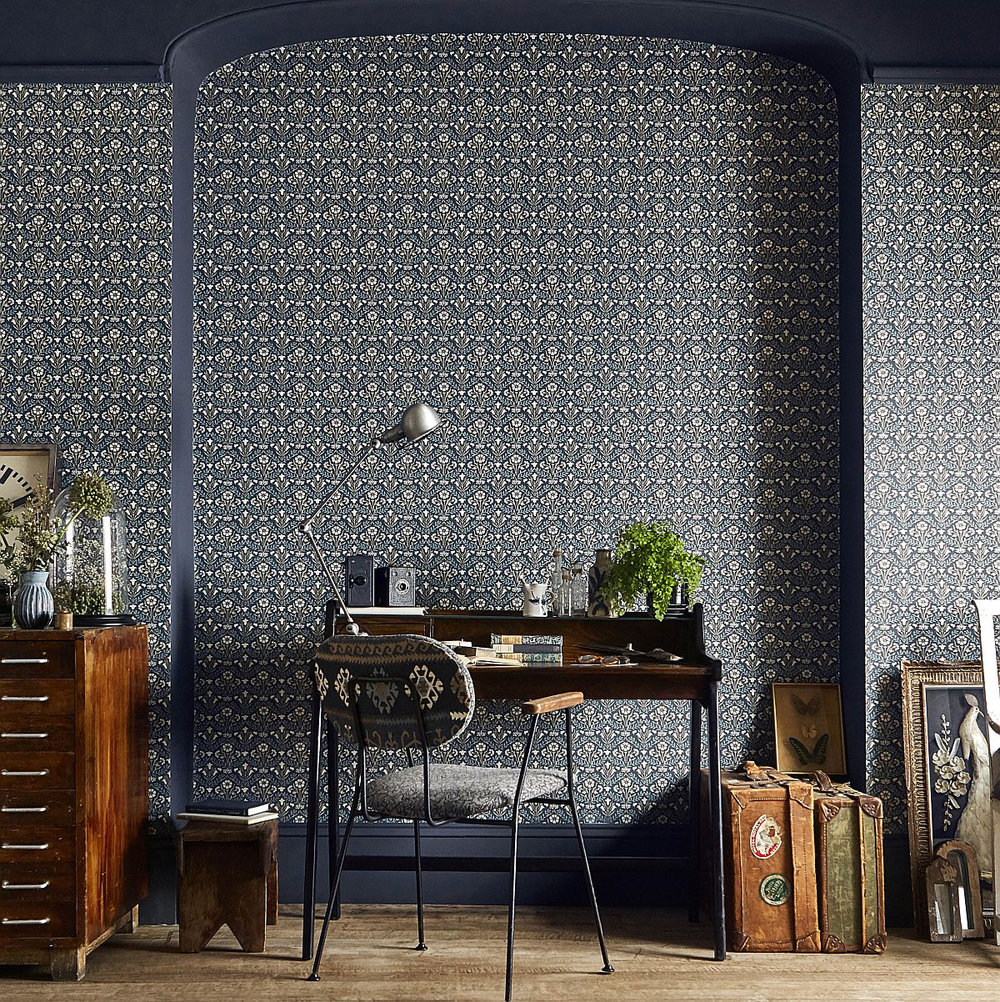 Morris Bellflower Indigo / Linen Wallpaper extra image