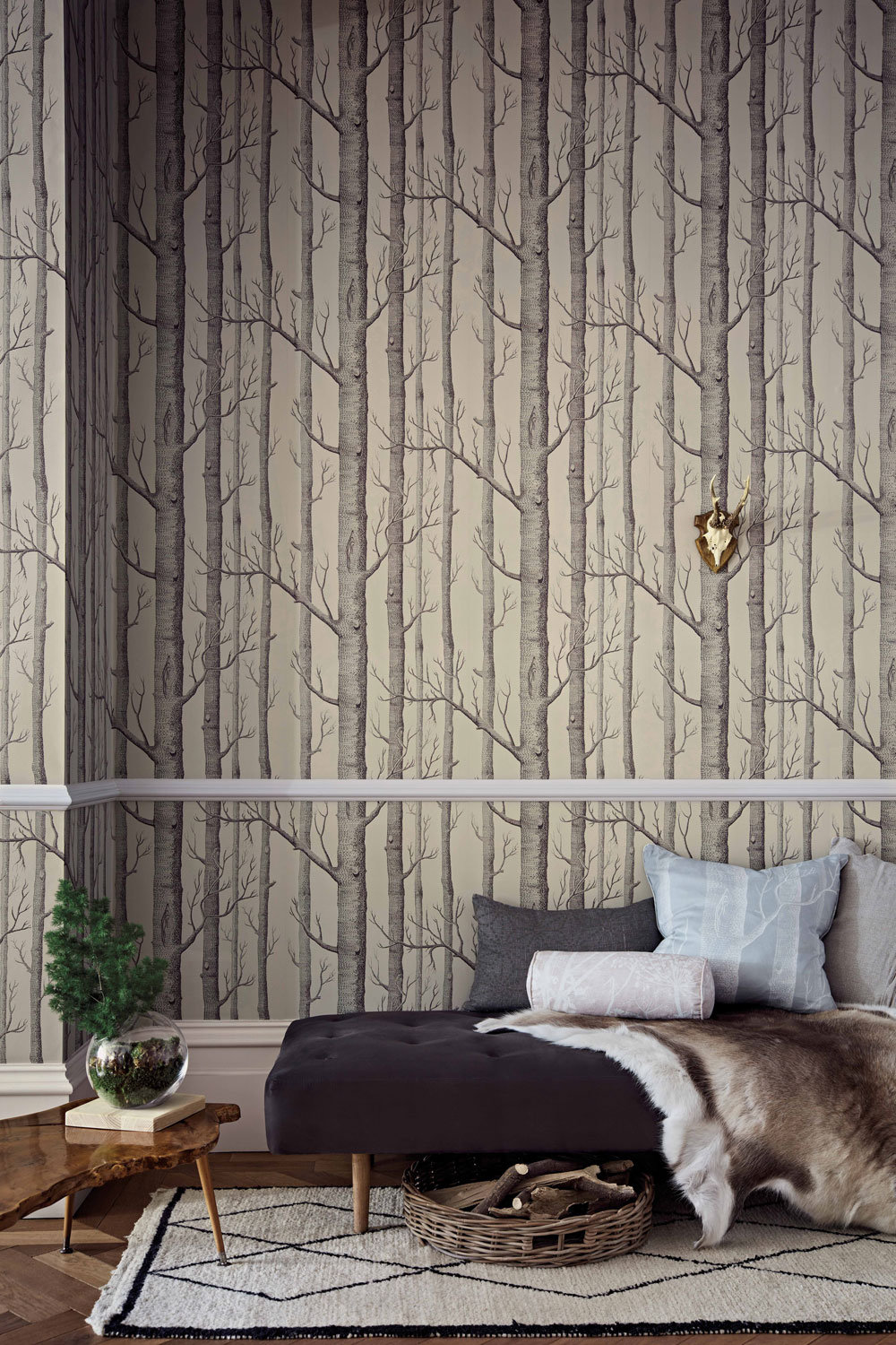 Cole & Son Woods Linen and Charcoal Wallpaper extra image