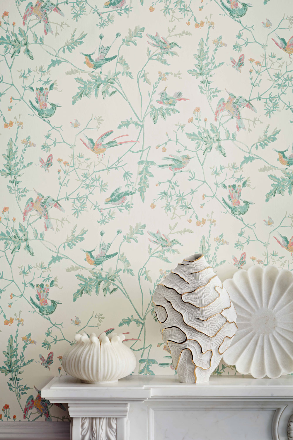 Cole & Son Hummingbirds Pastel Wallpaper - Product code: 112/4016