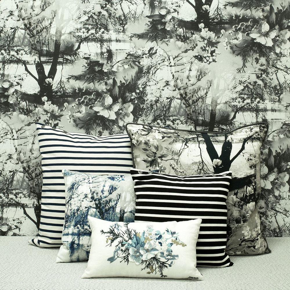 Jean Paul Gaultier Brume Ecru / Noir Wallpaper - Product code: 3307/01