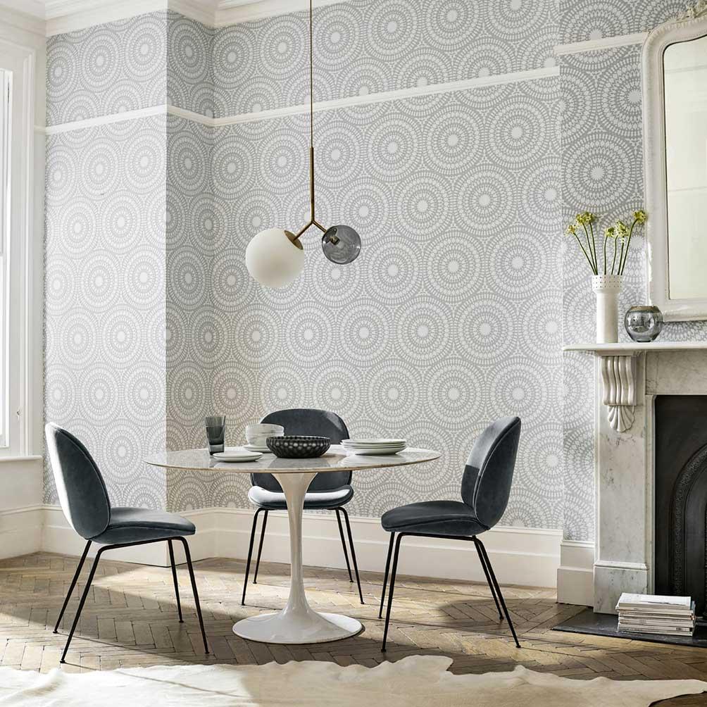 Cadencia Wallpaper - Silver - by Harlequin