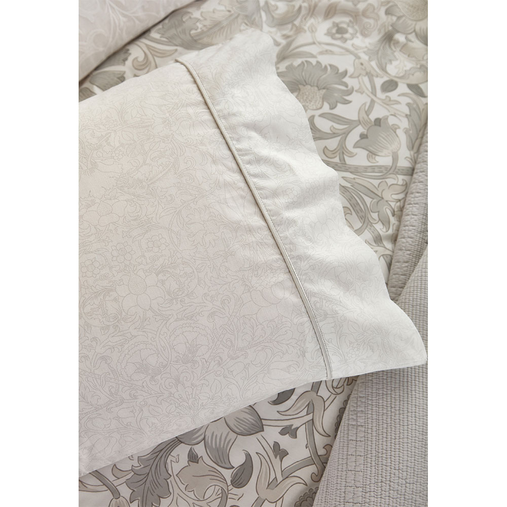 Morris Pure Lodden Housewife Pillowcase Chalk/ Eggshell extra image