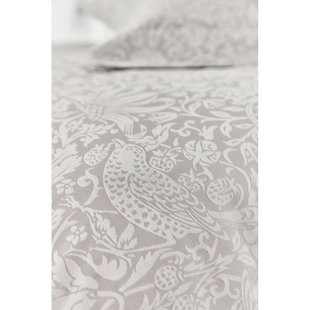 Morris Pure Strawberry Thief Duvet Cover Pebble extra image