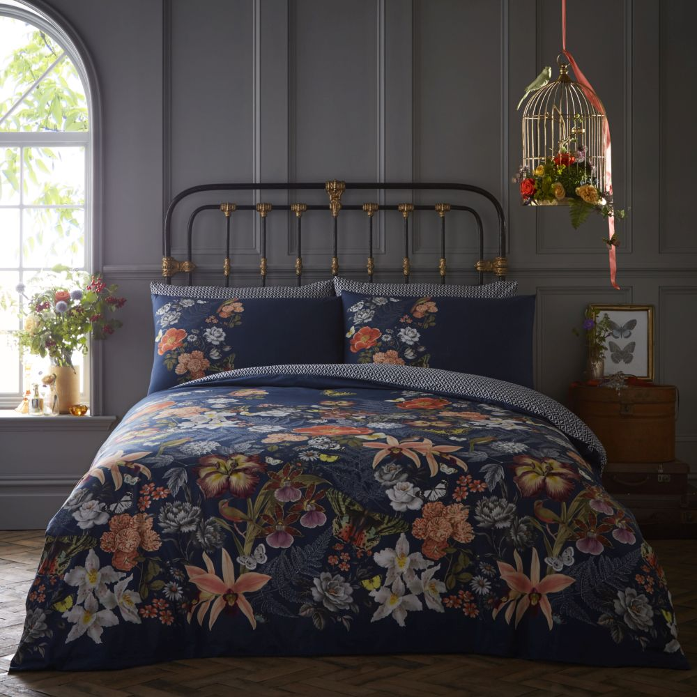Oasis Botanical Housewife Pillowcase Pair White and Navy - Product code: M2027/01