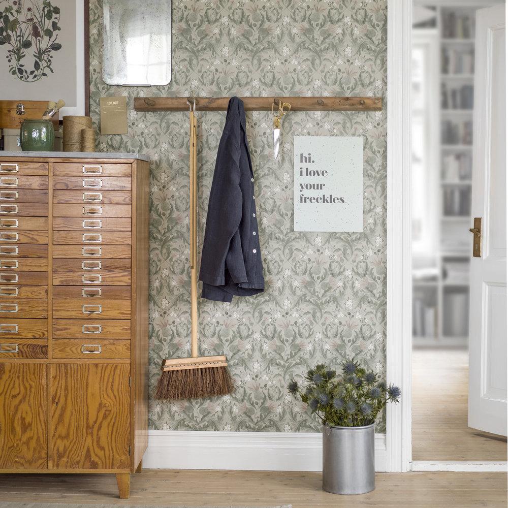 Thistle Wallpaper - Green - by Boråstapeter