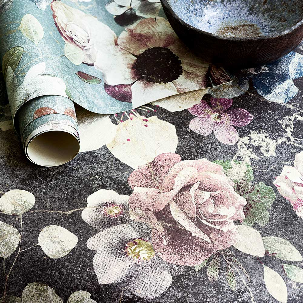 Jane Churchill Marble Rose Charcoal Wallpaper extra image