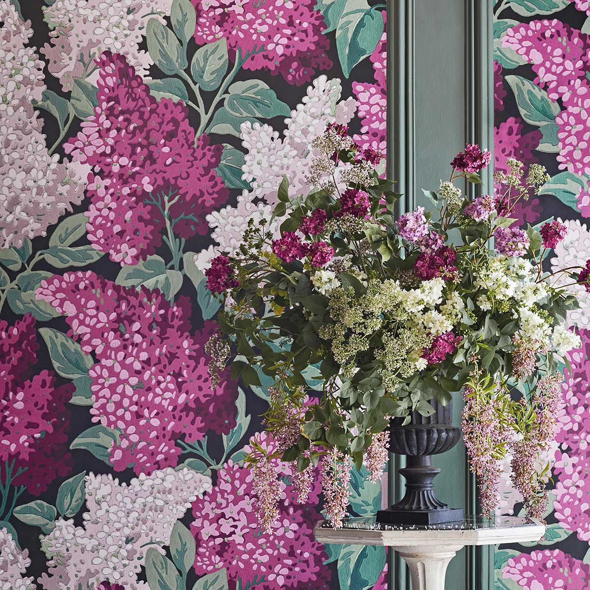 Cole & Son Lilac Grandiflora Magenta / Blush Wallpaper - Product code: 115/15045
