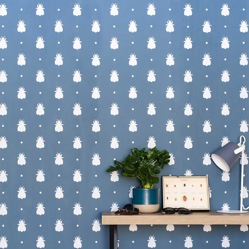 Farrow & Ball Bumble Bee Stiffkey Blue Wallpaper extra image