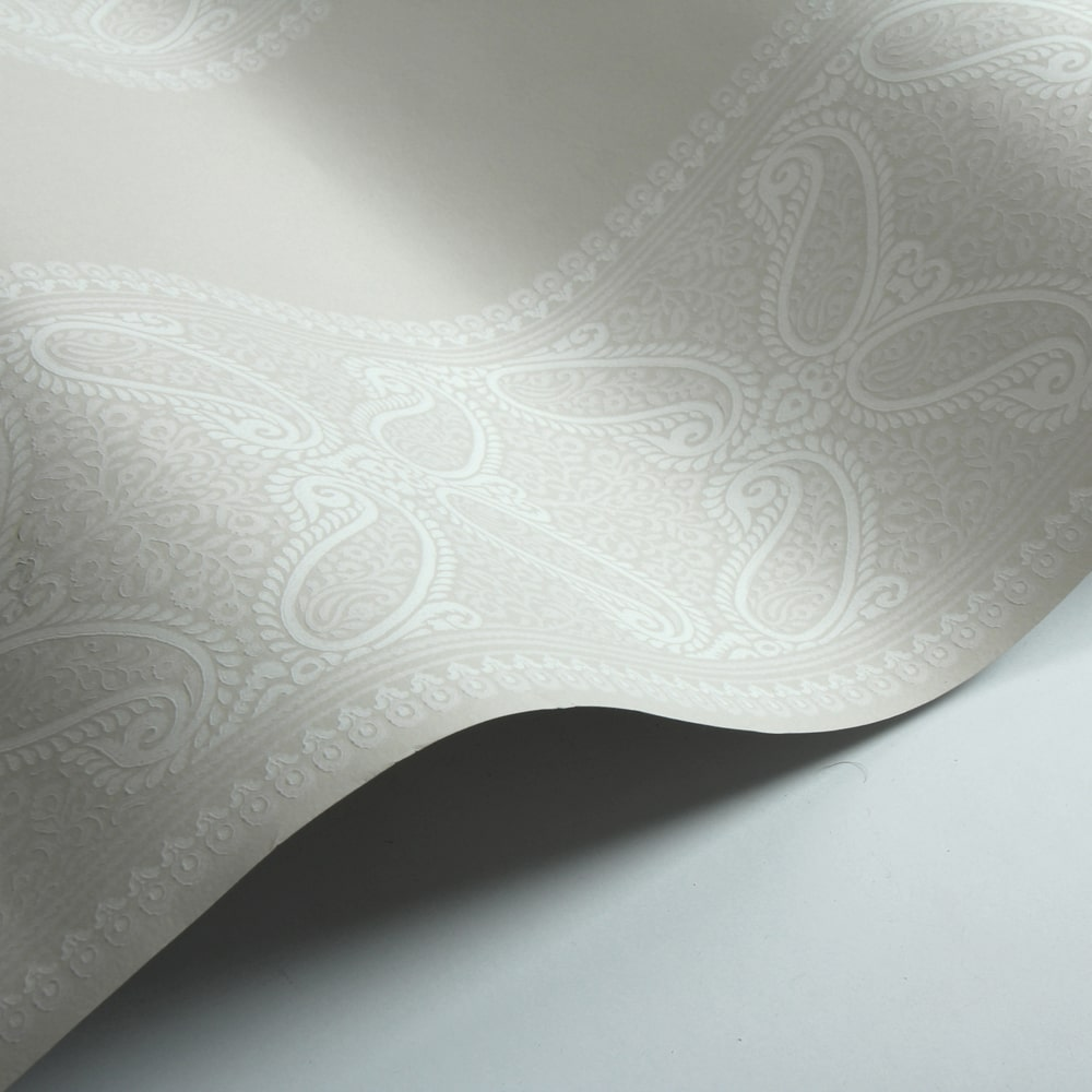 Verney Stripe Wallpaper - Ivory - by Colefax and Fowler
