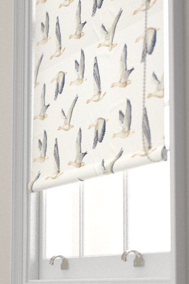 Sanderson Elysian Geese Silver / Chalk Blind - Product code: 226520