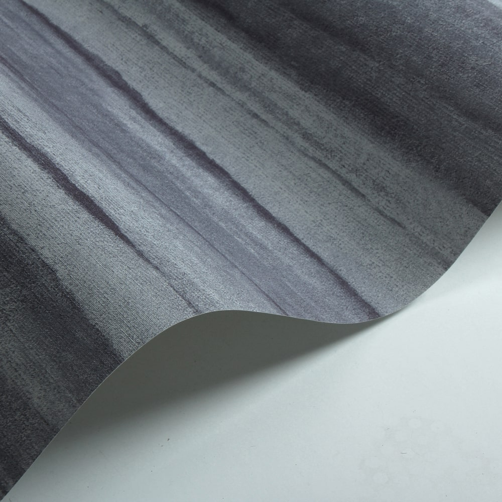 Diamond Geo Wallpaper - Distressed Stripe - by Galerie