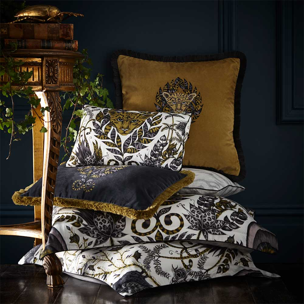Emma J Shipley Amazon Square Oxford Pillowcase  Gold - Product code: M2059/01