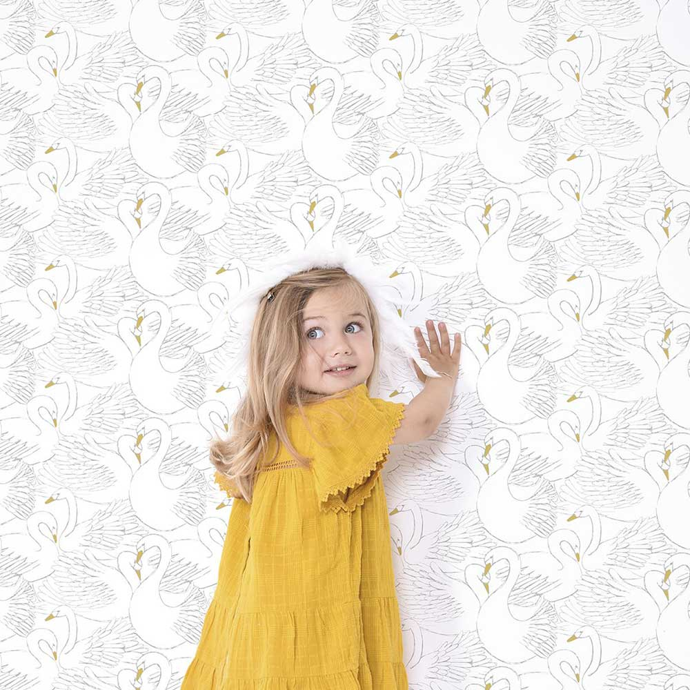Lilipinso Swans Black / White Wallpaper - Product code: H0436