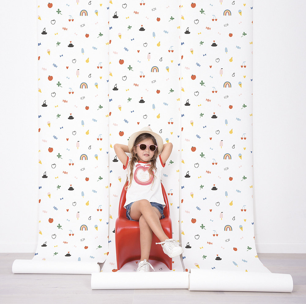 Lilipinso Doodle Multi-coloured Wallpaper - Product code: H0535