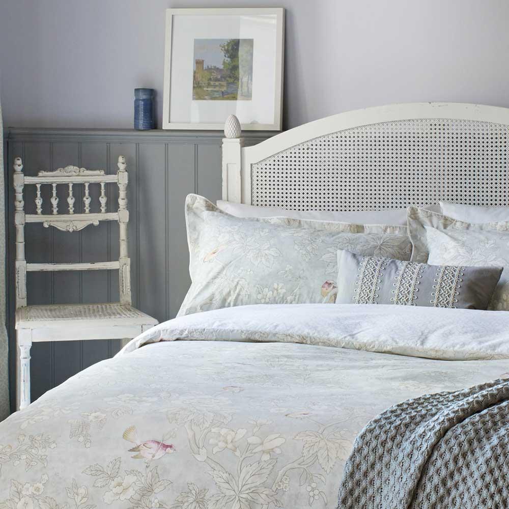 Chiswick Grove Oxford Pillowcase - Silver - by Sanderson