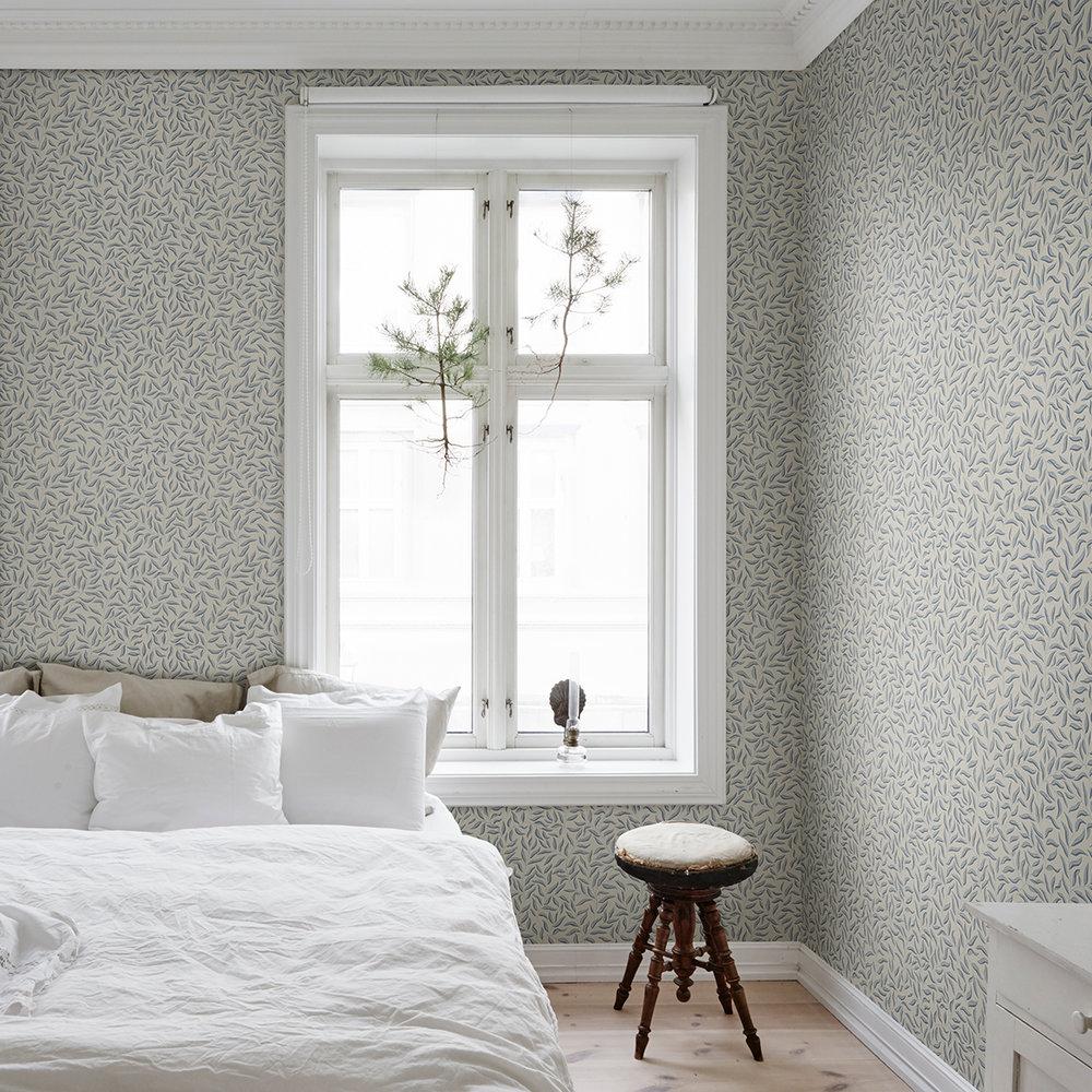 Karolina Wallpaper - Blue /Grey - by Sandberg
