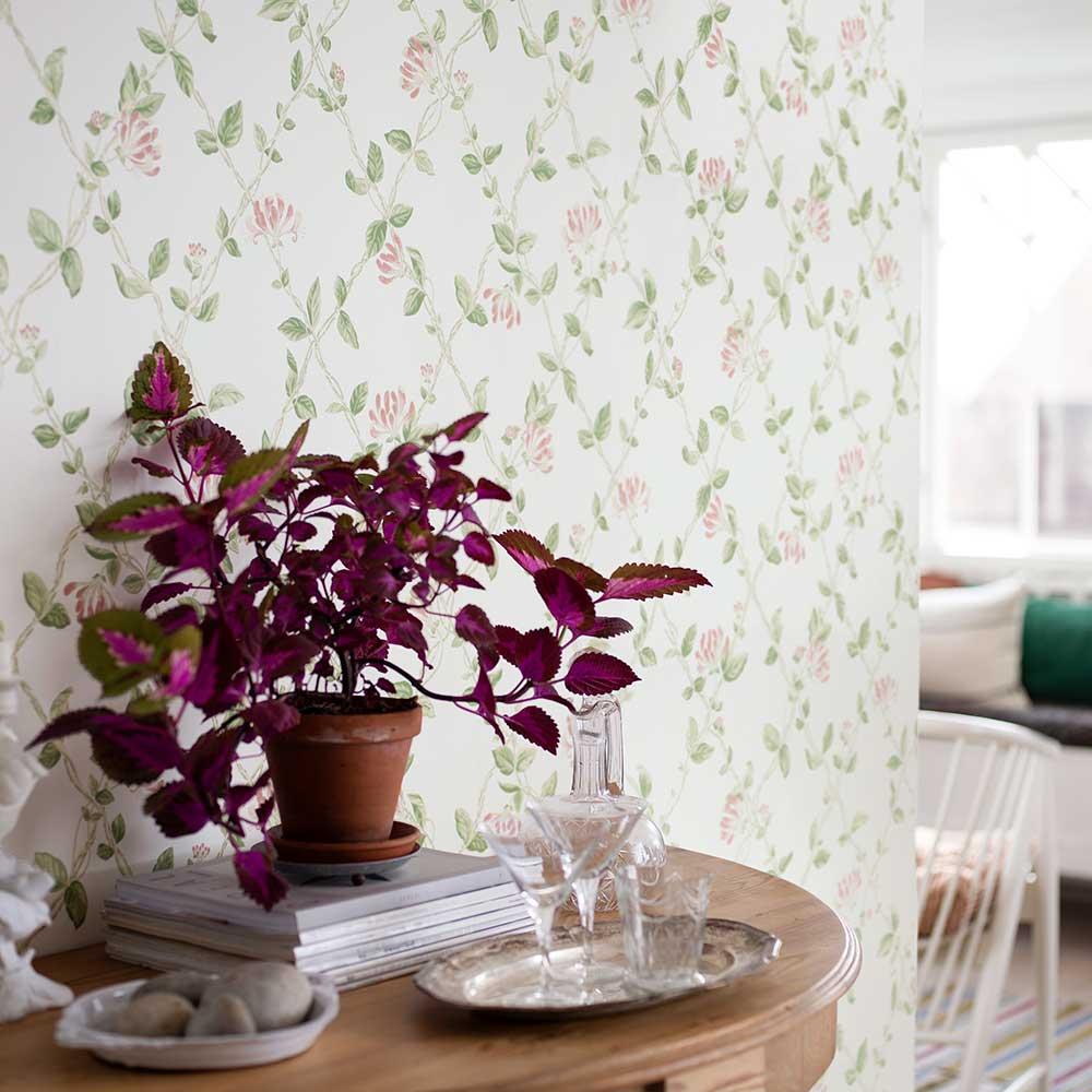 Boråstapeter Honeysuckle Green Wallpaper - Product code: 8852