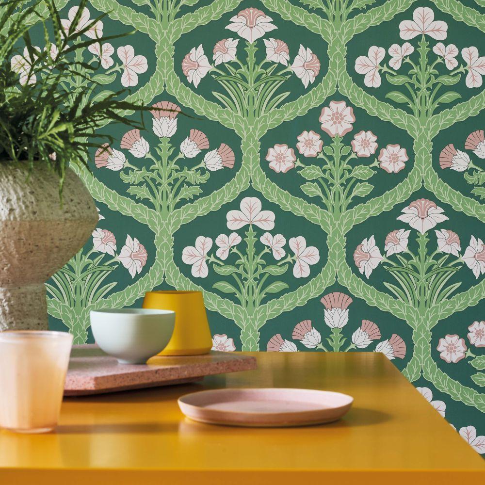 Cole & Son Floral Kingdom Ballet Slipper / Leaf Green / Forest Green Wallpaper - Product code: 116/3009