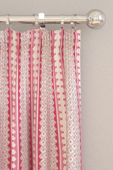 Blendworth Rialto Sugar Plum Curtains - Product code: BAZRIA1917